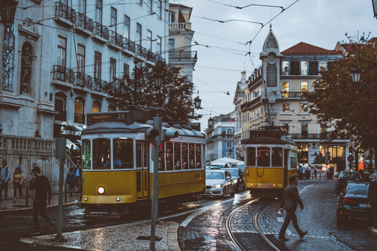 image of trams on a Lisbon street
